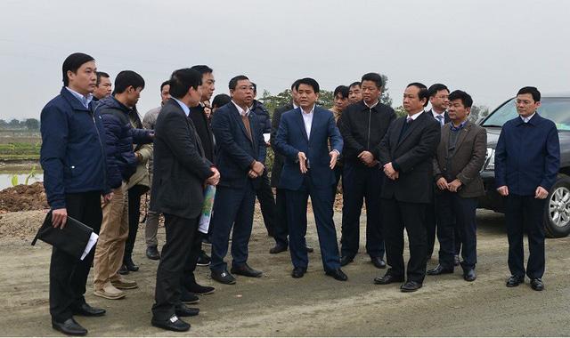 Bất động sản Vuông | Chủ tịch Nguyễn Đức Chung kiểm tra dự án đầu tư xây dựng đường trục phía Nam
