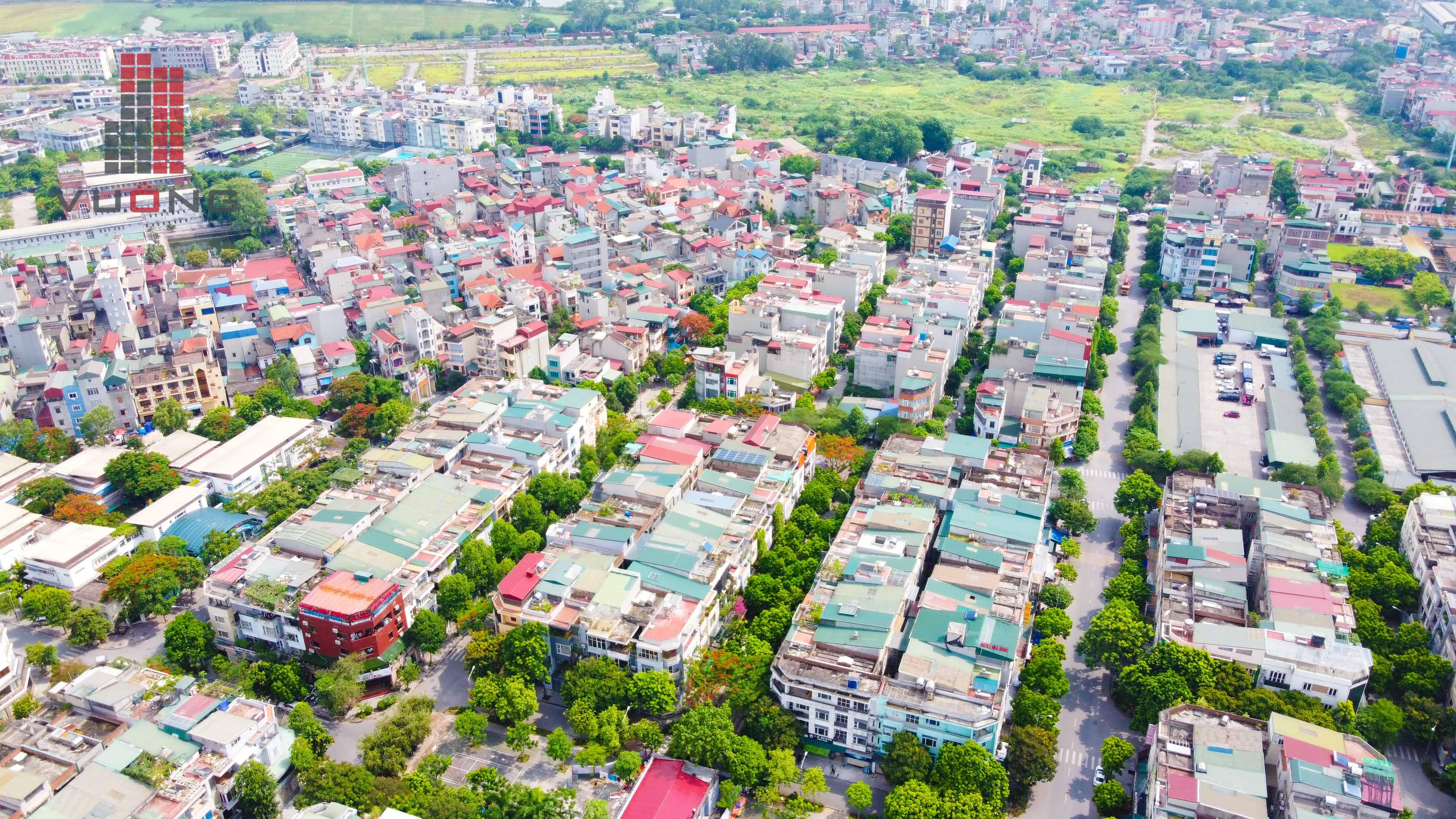 Bán liền kề Văn Phú hướng Đông Nam đã hoàn thiện, mặt tiền 4.5m, diện tích 90 m2, gần trường tiểu học Phú La, chợ Văn La